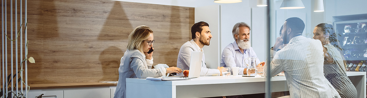 What to Expect When Buying Employee Communication Software